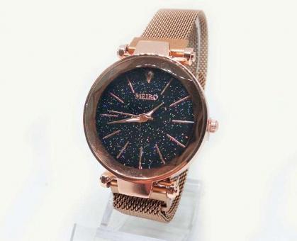 №5976 Часы кварцевые Meibo магнитный браслет(золото)