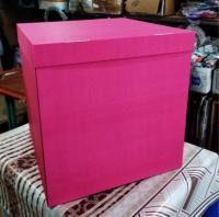 Коробка-сюрприз малиновая(внутри белая) 70х70х70см. (для шариков)